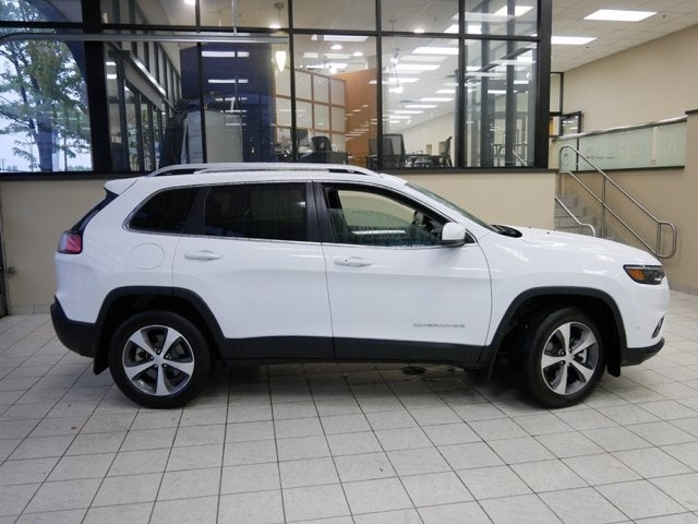 Used 2021 Jeep Cherokee Limited with VIN 1C4PJMDX2MD214044 for sale in Minneapolis, Minnesota